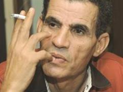 التونسيون يبكونه... والإسلاميون يشتمونه!