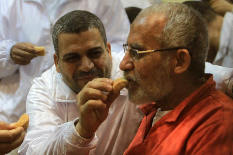 هناك شعور لدى «إخوان مصر» بأنهم تحولوا إلى ورقة مفاوضات (آي بي ايه)