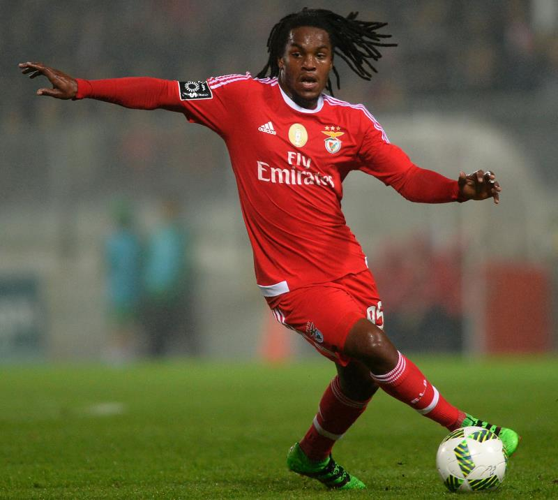 يعد سانشيز من المواهب الصاعدة في الكرة البرتغالية (ميغيل ريوبا ــ أ ف ب)
