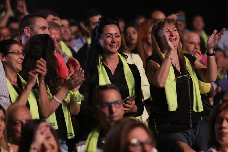 أثناء إعلان لائحة «كرامة جونية» أول من أمس (مروان طحطح)
