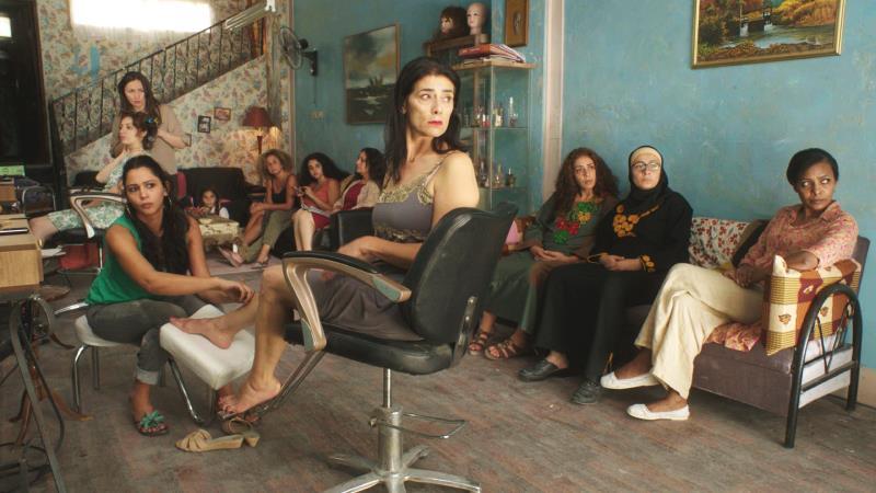 ساعدت هيام عباس في إضفاء حالة من التوتر طوال الفيلم