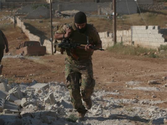 طائرة عسكرية إلى حلب... راكبان لو سمحت!