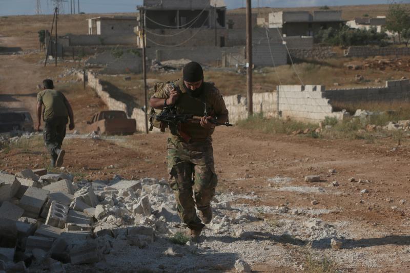في جبهات حلب... لم يتضح شيء بعد (الأناضول)