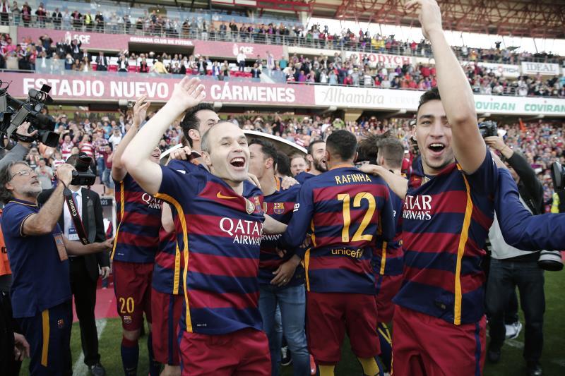 توّج برشلونة باللقب الـ 24 في تاريخه (بوراك أكبولوت - الأناضول)