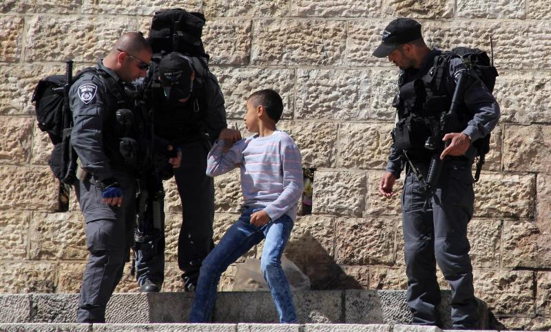 لم تنجح المحاولات الإسرائيلية للدمج الاقتصادي في منع المقدسيين من المقاومة (آي بي ايه)