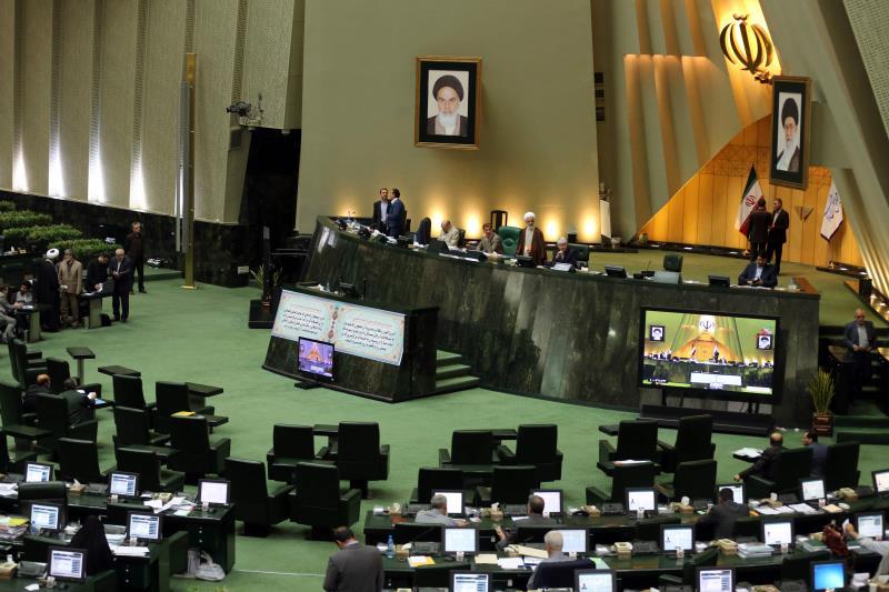 يعني وضع جدول زمني أن طهران قد تعود إلى ما قبل 2013 (أرشيف)