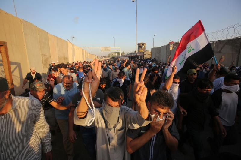 أمر العبادي مساء أمس برفع حظر التجوال الذي كانت قد أعلنته قيادة عمليات بغداد