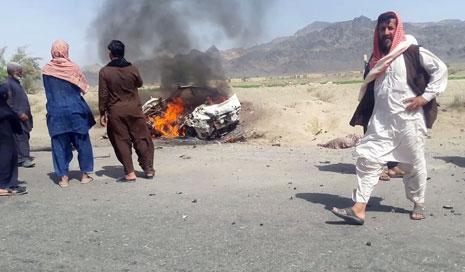 السيارة التي استهدفتها الغارة والتي يعتقد أن الملا أختر منصور كان بداخلها