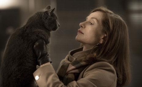 إيزابيل أوبير قدّمت دوراً جريئاً ومتقناً في «هي» للهولندي بول فيرهوفن