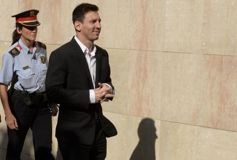 ميسي متهم بالتهرب من دفع ضرائب بقيمة 4,16 ملايين يورو (لويس جين ــ أ ف ب)