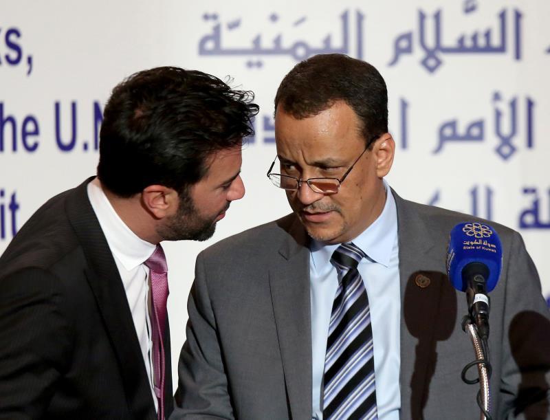 نفى اسماعيل ولد الشيخ تعليق المشاورات (أ ف ب)
