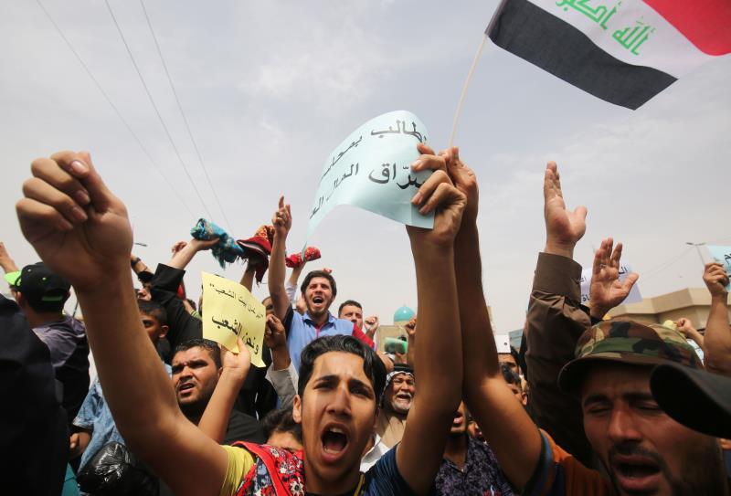 طالب الأكراد بضمانات بعدم تكرار ما حصل خلال التظاهرات قبل أسبوعين (أ ف ب)