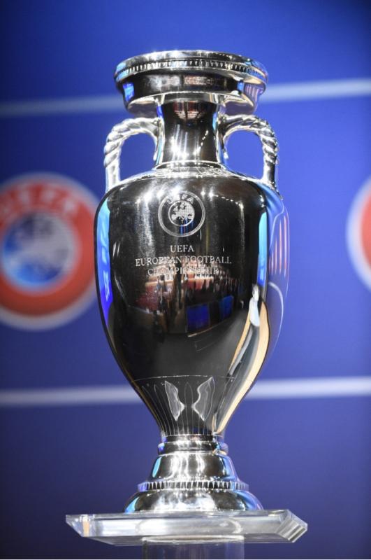 تستضيف فرنسا أهم نسخة في تاريخ كأس أوروبا (أ ف ب)