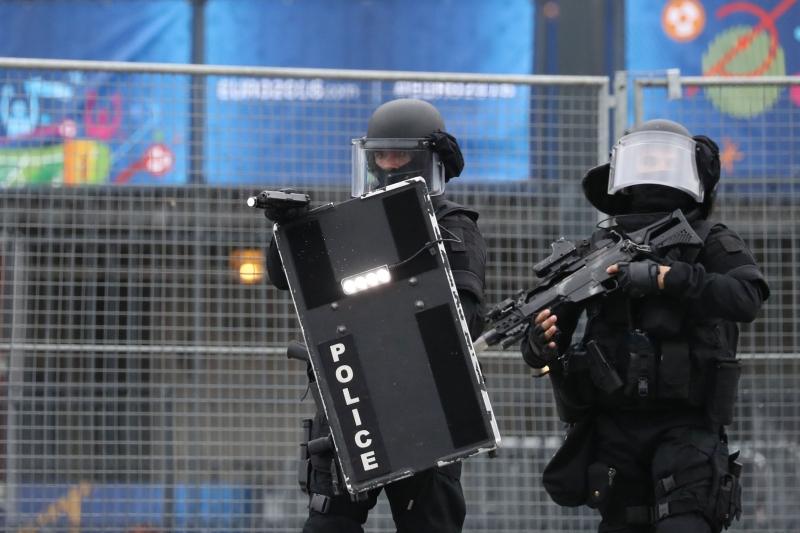 90 ألف رجل أمن لتجنب أي اعتداء إرهابي (أ ف ب)