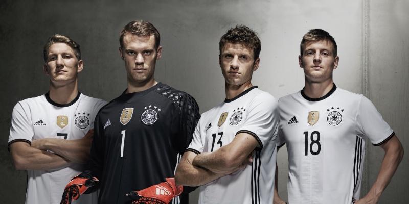 كرة القدم هي الحمض النووي لـ «أديداس» التي ترعى المونديال و»اليورو» وابرز المنتخبات العالمية