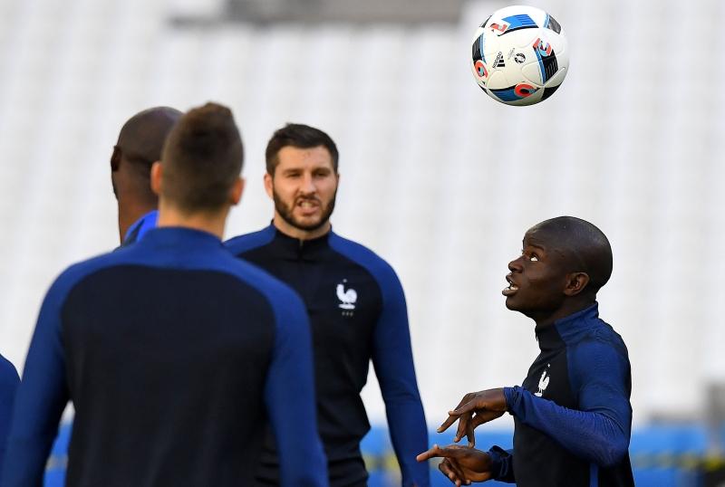 المطلوب من فرنسا عرض أفضل من المباراة الأولى (فرانك فيف - أ ف ب)