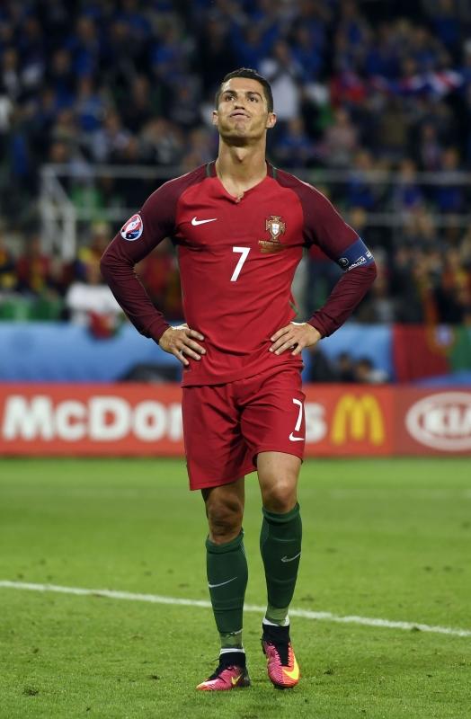 فشل رونالدو في أن يصبح أول لاعب في تاريخ البطولة يصل إلى الشباك في أربعة نهائيات (أ ف ب)