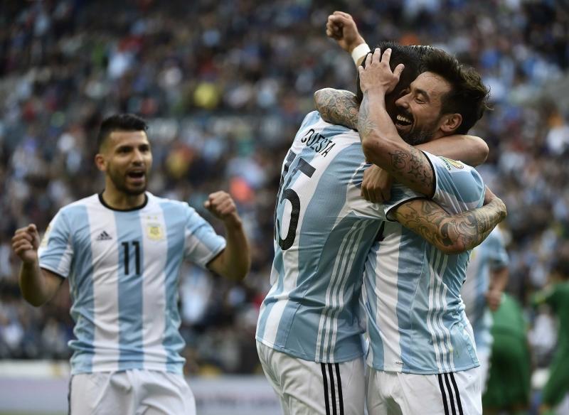 باستثناء الأرجنتين، لم يحقق أي منتخب النقاط الكاملة في دور المجموعات منذ 2007 (أ ف ب)