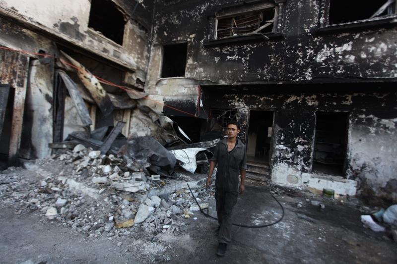 من بين 6830 منشأة تجارية وخدماتية دمرتها الحرب الأخيرة هناك 1500 مصنع تعمدت إسرائيل حرقها كليا