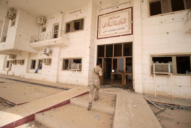 قد تقدّم الحكومة «تنبيهاً أخيراً» إلى السبهان قبل المطالبة باستبداله (أ ف ب)