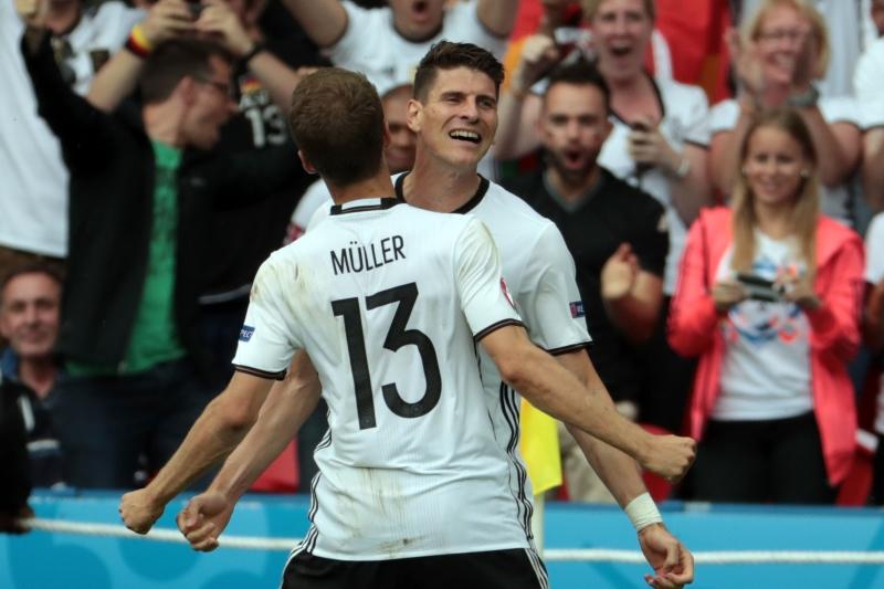 سجل غوميز هدف المباراة الوحيد بعد إضاعة ألمانيا العديد من الفرص (أ ف ب)