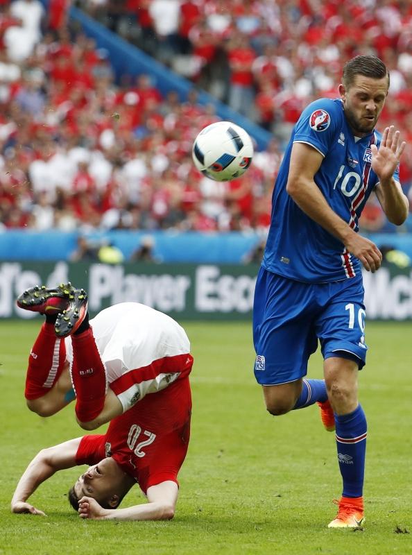 تأهل تاريخي لأيسلندا من أول مشاركة بعد إسقاطها النمسا (أ ف ب)