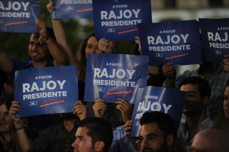 ماريانو راخوي: أغلبية الإسبان تؤيد بنحو كامل استمرارية الاتحاد الأوروبي (أ ف ب)
