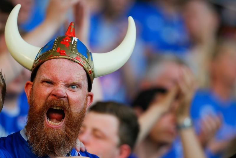 الشعب الايسلندي عاشق للرياضة عامةً ولكرة القدم خاصة (الأناضول)