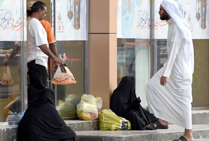 في أحد شوارع الرياض قبل أيام (فايز نورالدين ــ أ ف ب)
