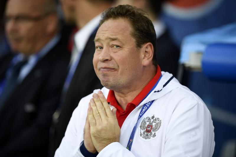 مدرب روسيا ليونيد سلوتسكي جديد المدربين المقالين من مناصبهم (مارتن بورو ـ أ ف ب)