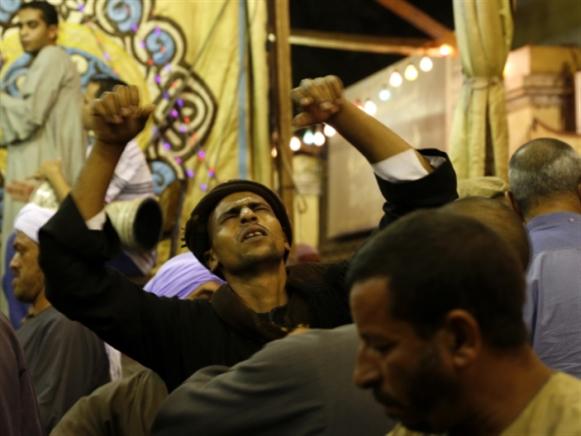 بعد شغور الإسلام السياسي ومناورة السلطة مع السلفيين: زحف نحو التديّن الشعبي؟