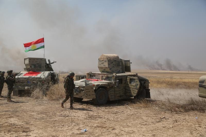 تمكن مقاتلو البيشمركة من استعادة نحو 50 ميلاً من الأراضي شمال شرقي الموصل (الأناضول)
