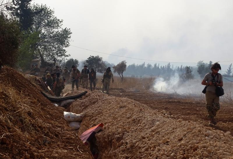 المشروع الغربي يزحف نحو دمشق جنباً إلى جنب مع المشروع التكفيري (الأناضول)