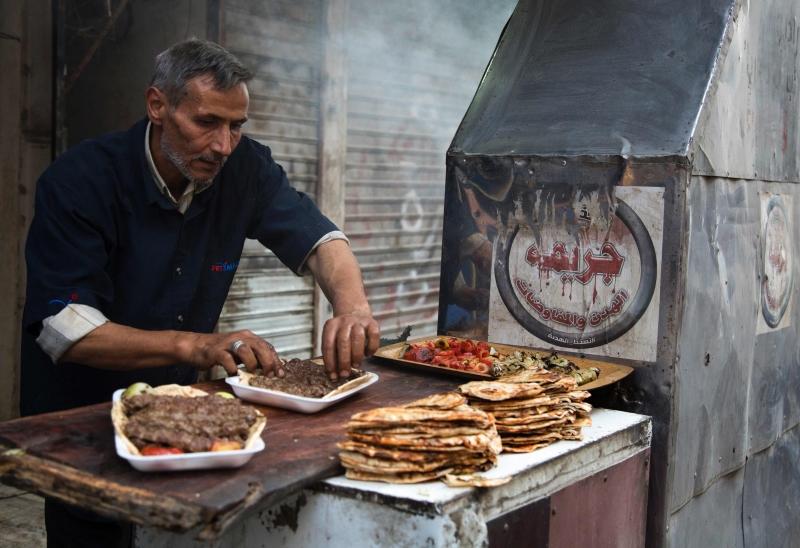 صورة أيهم مرعي شمالي مدينة حلب أول من أمس (كرم المصري ــ أ ف ب)