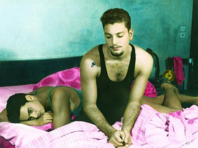 «في غرفة العنكبوت» حالة جريئة في الرواية المصرية | محمد عبد النبي: صرخة المثليين المكتومة