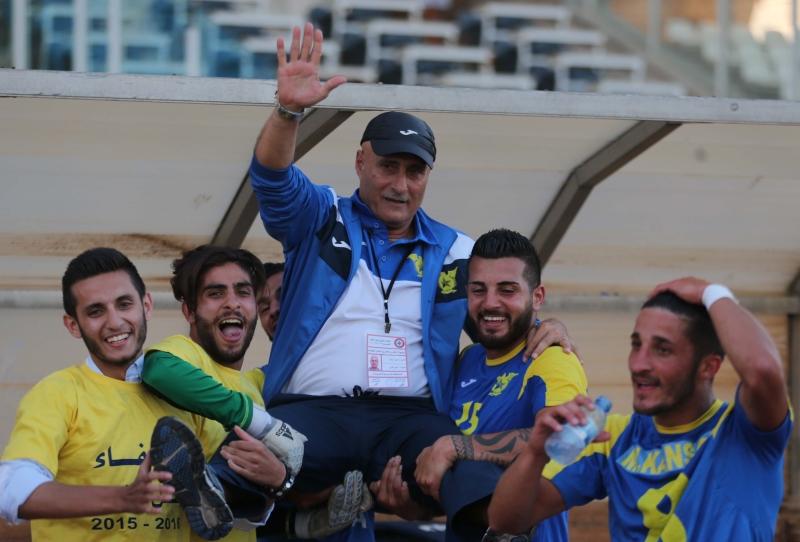 خطف إميل رستم اللقب من أمام مدربين أجنبيين برغم الامكانات المتوافرة لهم (عدنان الحاج علي)