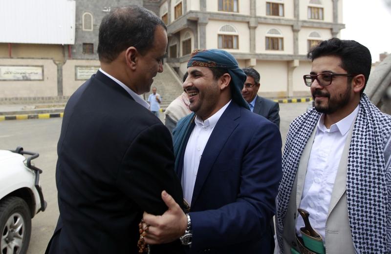 ناقش وفد صنعاء مع ولد الشيخ تشكيل حكومة توافق ولجنة عسكرية وأمنية