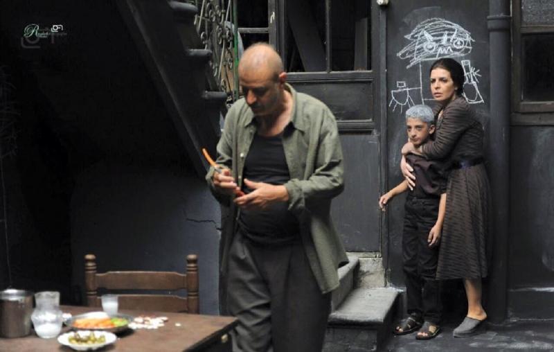 بسام كوسا وضحى الدبس في مشهد من «الرابوص»