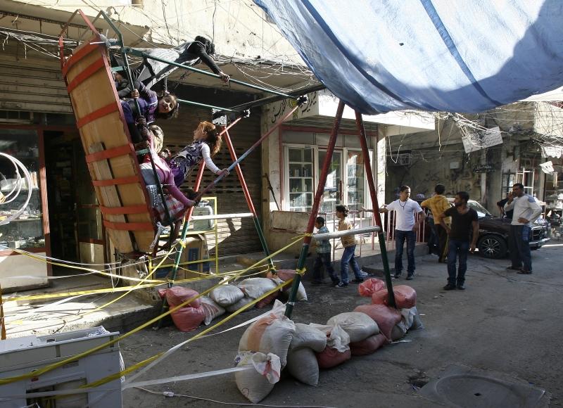 رصدت الأجهزة الأمنية تواصلاً بين مسؤول العمليات الخارجية في «داعش» ومطلوبين في عين الحلوة (مروان طحطح)