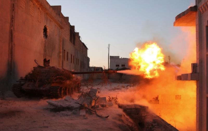 غابت مؤشرات السيطرة النهائية على بلدة كنسبا (الأناضول)