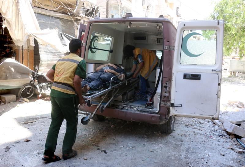 تفكّر إدارة الهلال الأحمر في حلب بطريقة استثماريّة (أ ف ب)