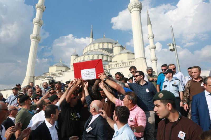 بينار سيليك: لطالما كان العنف جزءاً من يومياتنا