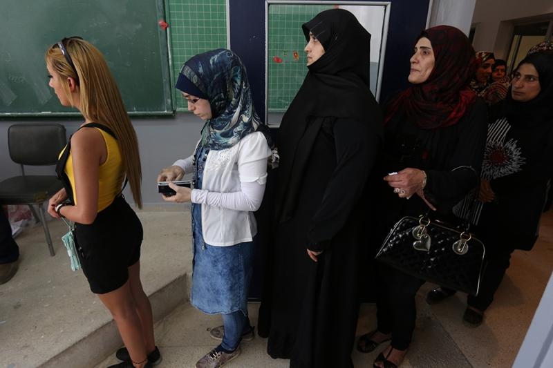 شاركت نحو 13 فتاة من بلدة الخيام الجنوبية في «ماراتون حرمون» (مروان طحطح)