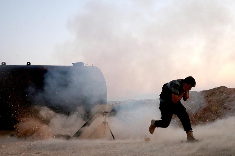 سيطر الجيش السوري أمس على قرية حوش الفارة في الغوطة الشرقية (الأناضول)