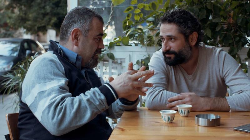 رودريغ سليمان وربيع الزهر في مشهد من المسلسل