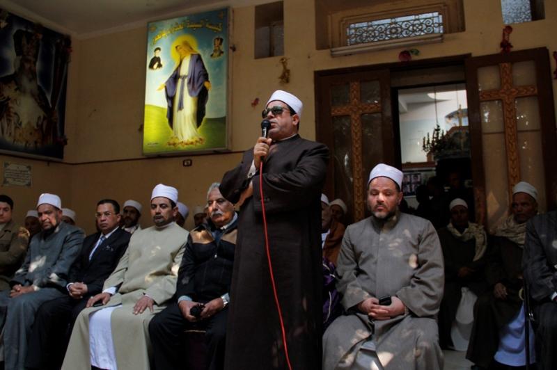 يطالب أقباط بتدخل توعوي من مؤسسة الأزهر بدلاً عن المؤسسات الدينية للدولة (آي بي ايه)