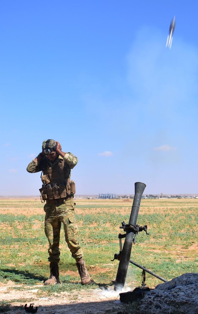 يغلي الشمال السوري على وقع تغيّرات إقليمية قد يكون الأكراد أول ضحاياها (الأناضول)