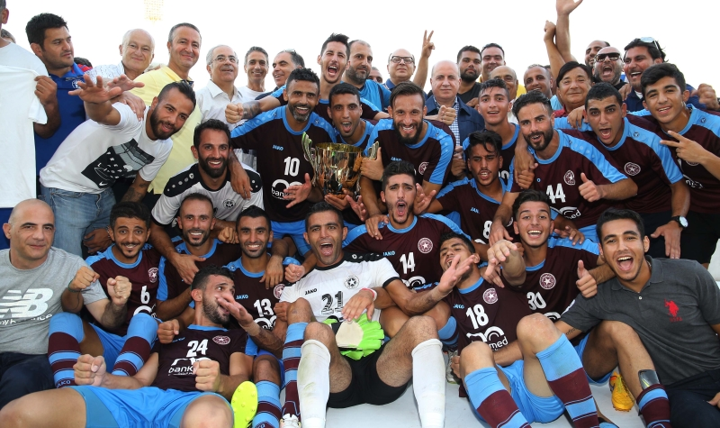 لاعبو النجمة مع كأس النخبة (عدنان الحاج علي)