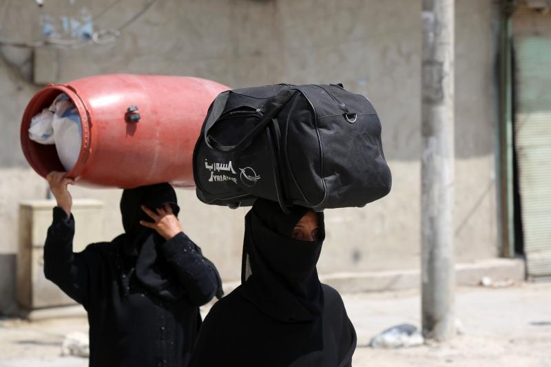 دخلت سوريا سريعاً أزمة من النوع الذي يجسد تماماً كل ما قيل عن رسم خريطة جديدة للمنطقة (أ ف ب)