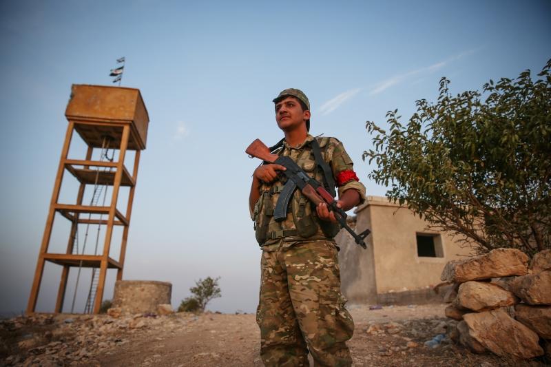 تحوّل جديد في المشهد السوري ظَهَر أمس، اثر دخول قوات تركية وأخرى حليفة مدينة جرابلس (الأناضول)